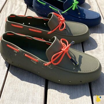 How much do you love our new style for men ? ⛵️☀️ . . . . #mycacatoes #frombrazilwithlove #picoftheday #summer #beachlife #sandals #instagood #fun #fashion #style #beachwear #summeroutfit #flipflops #holidays #instamood #happyfeet #summervibes #footprints #candyscented #mocassins #bateau #boat #kaki #fluo