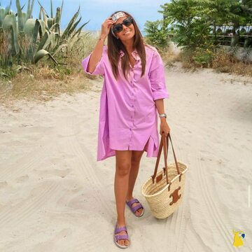 #ootd with our Trancoso Parme 💜 📸 @lucille_lrd  . . . . #mycacatoes #frombrazilwithlove #picoftheday #summer #beachlife #sandals #instagood #fun #fashion #style #beachwear #summeroutfit #flipflops #holidays #instamood #happyfeet #summervibes #footprints #candyscented